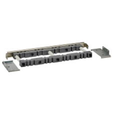 04665 - horizontal 10mm busbar support D600 Linergy BS, Schneider Electric